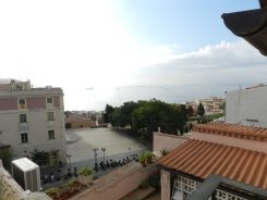 Un petit balcon pour voir le levé du soleil sur la mer....